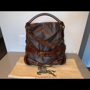 Authentic Burberry bridle belted Gosford shoulder